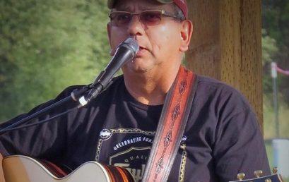 Live Music on the Courtyard: Len Trujillo